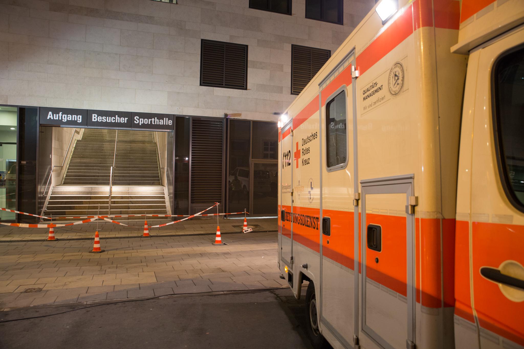 me_bombenfund_rheinmainhallen_100215-0897